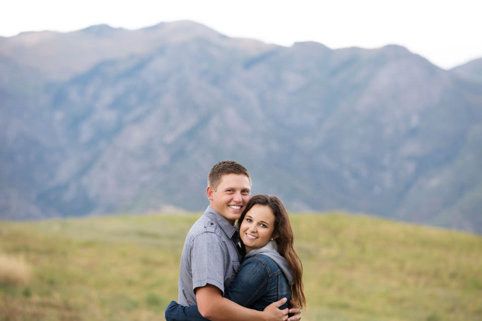 2378_Utah-Wedding-Photographer-Mountain-Engagement