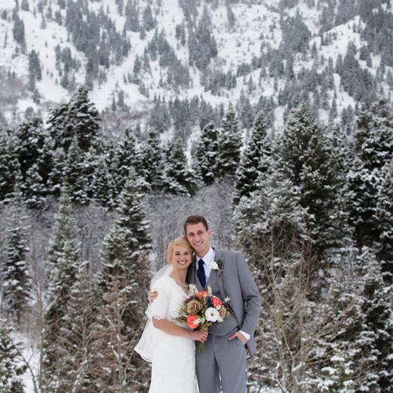 Russell & Daylyn | Bride/Groom Portraits at Snowbasin